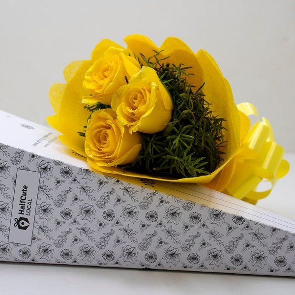 HalfCute Local 3 Yellow Rose Paper Pack Online Flower Delivery