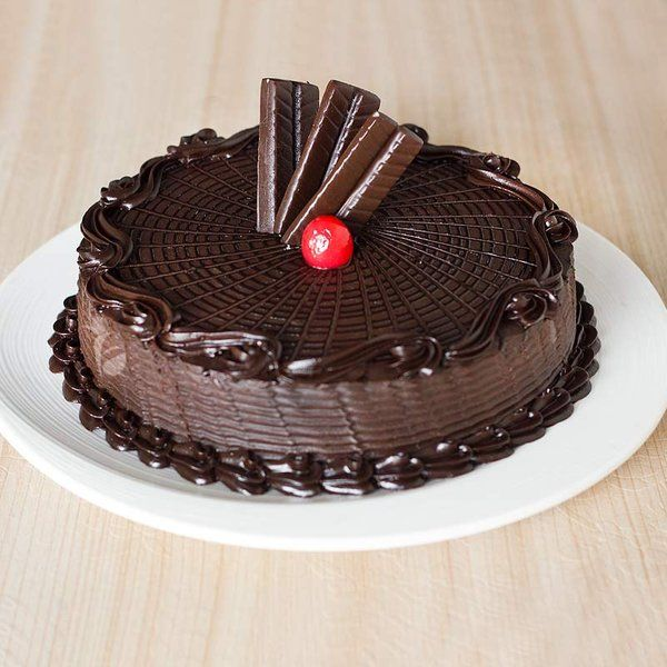 FlowerAura Chocolate Truffle Cake New Year Cakes