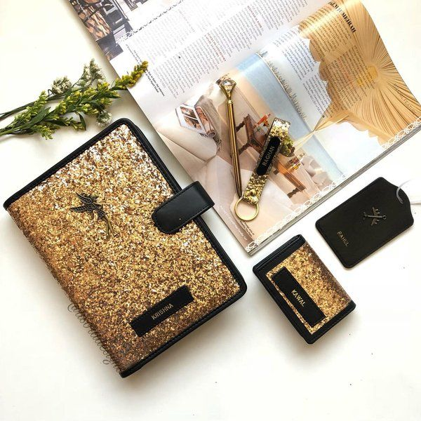 Gold Glitter Hamper Designs for Personalized Gift for Wife