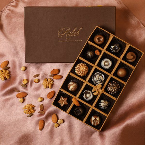Relish Chocolates Master Chocolatier Collection (Box of 15 chocolates) Romantic Gifts For Men