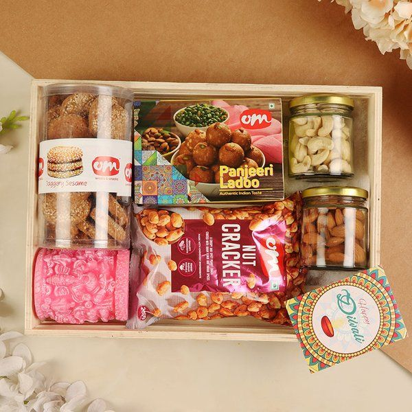 FlowerAura Panjeeri Ladoo N Dry Fruit Combo Corporate Gift Ideas