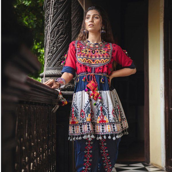 Navratri Collection Red Yoke & Parrot Motif Panel Embroidered Kedia & Navy Blue Tulip Pants Set Gifts For 19 Year Old Girl
