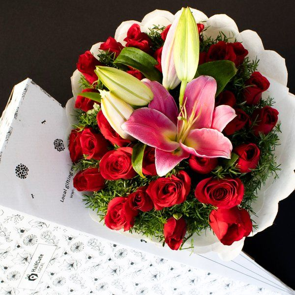 HalfCute Local 30 Red Roses with 3 Lilies Surprise Gifts For Husband