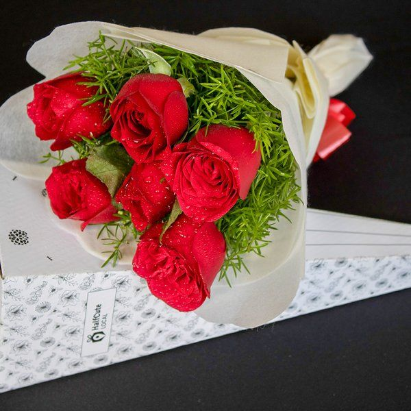 HalfCute Local 6 Red Roses Bunch Online Flower Delivery