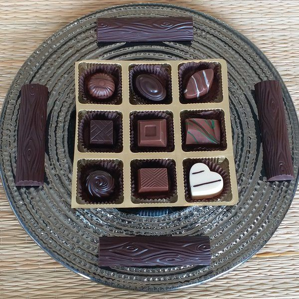 Jus'Trufs Chocolatiers Classic Chocolates and Logs Glass Platter Personalized Gifts For Girls