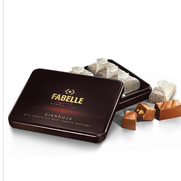 Fabelle Giaduja - Milk Chocolates with Turkish Hazelnut Gift Box 140g First Gift For Boyfriend