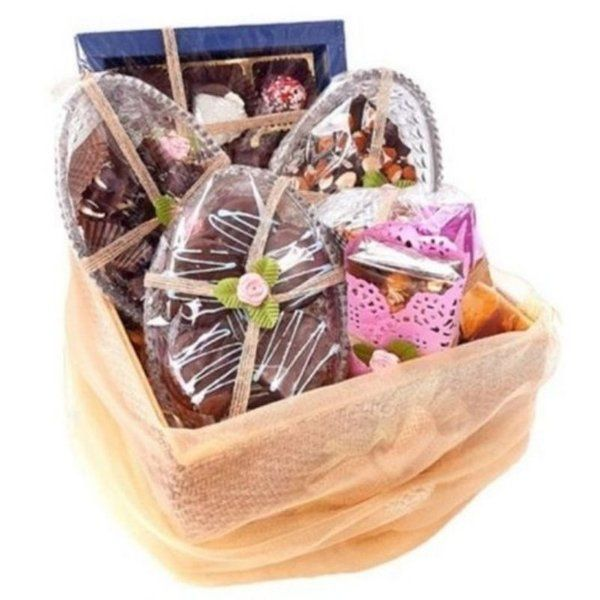 Pack Chocolate Hampers Kiss Day Gift Ideas