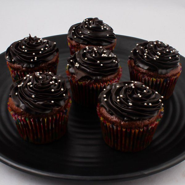 CakeZone Chocolate Cupcakes Cheap Gifts For Boys