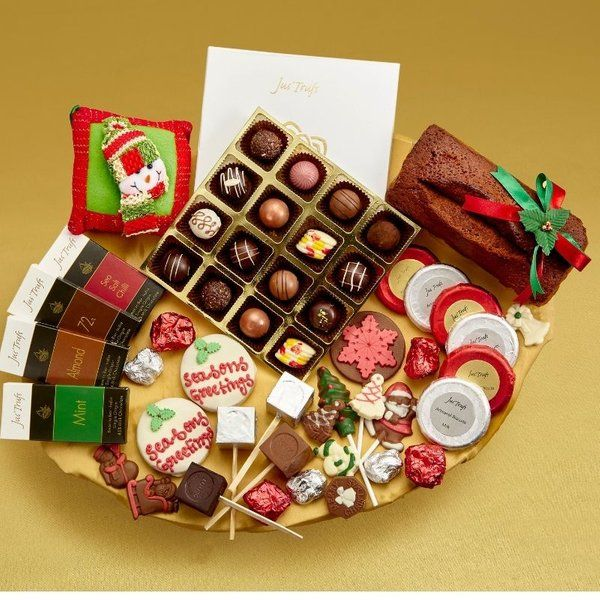 Jus'Trufs Chocolatiers Christmas Chocolate Filled with Goodies Hamper Expensive Gifts For Sister