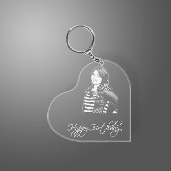 Incredible Gifts Heart Shaped Transparent Engraved Acrylic Photo Keyring Keychains For Girlfriend