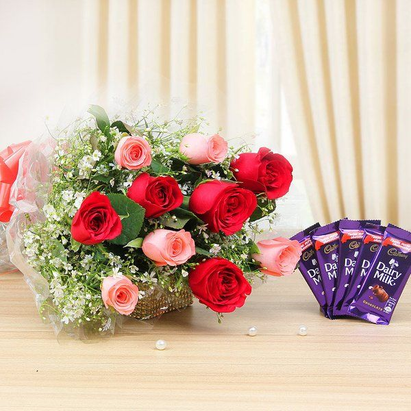 FlowerAura Pink N Red Rose Chocolate Combo Roses For Girlfriend
