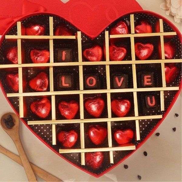FlowerAura Tempting Love Chocolates Valentines Day Gifts For Couples
