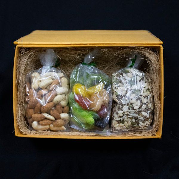 GoingNuts Vegan Friendly Nuts Basket Corporate Gifts For Womens Day
