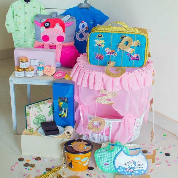 Dottedi Baby Girl Hamper Mom To Be Hamper