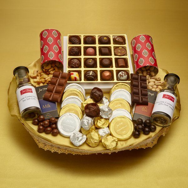 Jus'Trufs Chocolatiers Bonanza Dryfruit And Chocolate Hamper Expensive Gifts For Sister