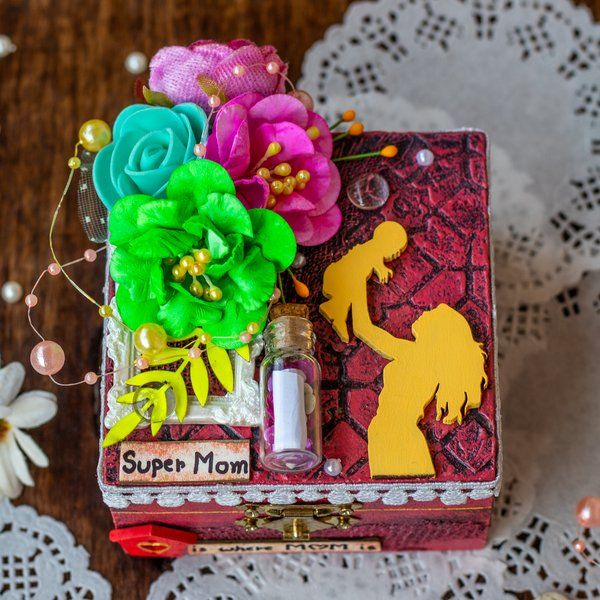 Hitchki Creative Corner Box Full of Love 60th Birthday Gifts For Mom