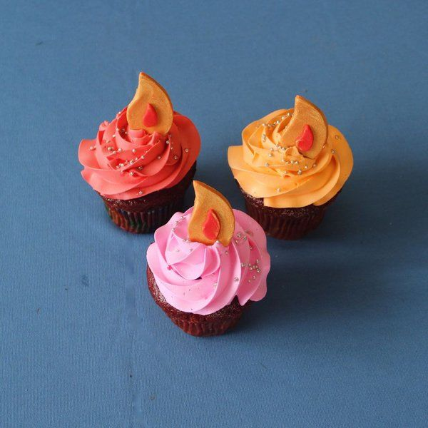 CakeZone Diya Cupcakes Long Distance Gifts For Girlfriend