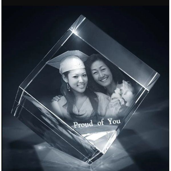 Privy Express Graduation Memory Customized Cube Crystal Cut Laser Engraved 3D Crystal  Graduation Day Celebration