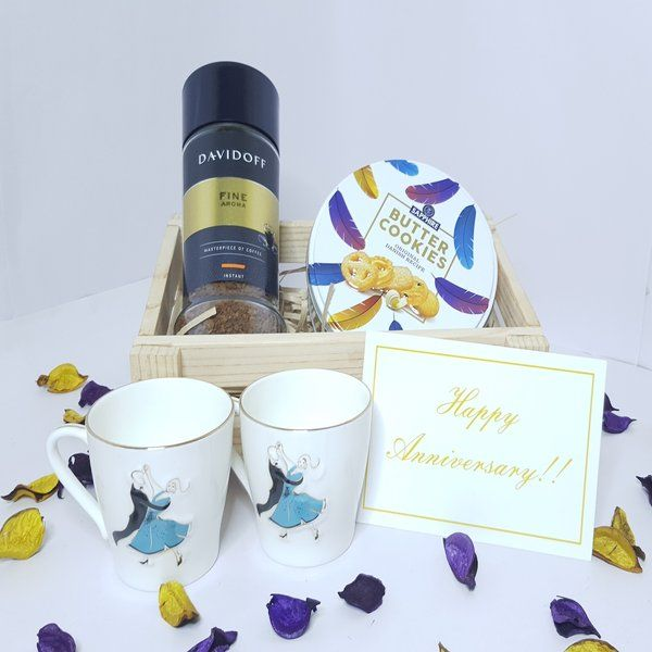 Hoods & Bonds Morning Delights Hamper with Personalized Anniversary Message Card 6th Month Anniversary Gifts