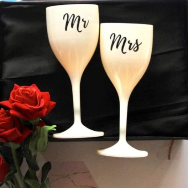Stallion Barware Mr & Mrs Wine Glasses ( Set of 2) Gifts For Wife