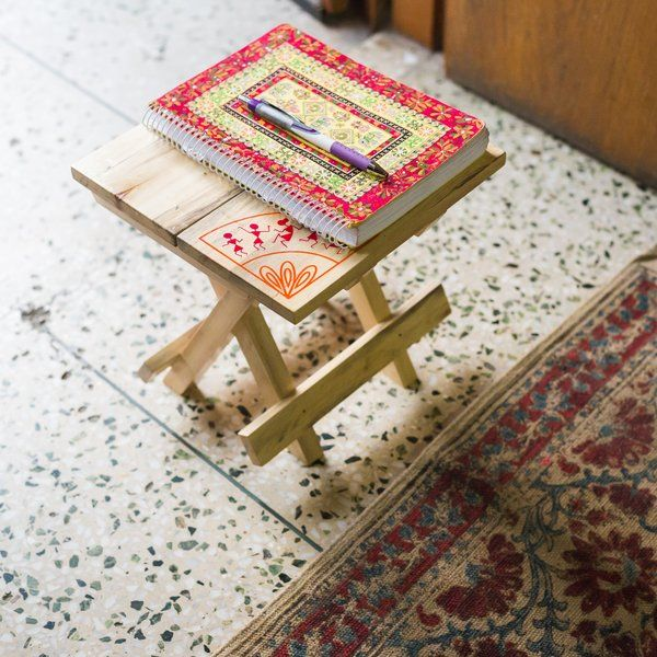 Ivei IVEI Warli Wooden Portable Folding Table - Small (9.5in) Luxury Corporate Gifts