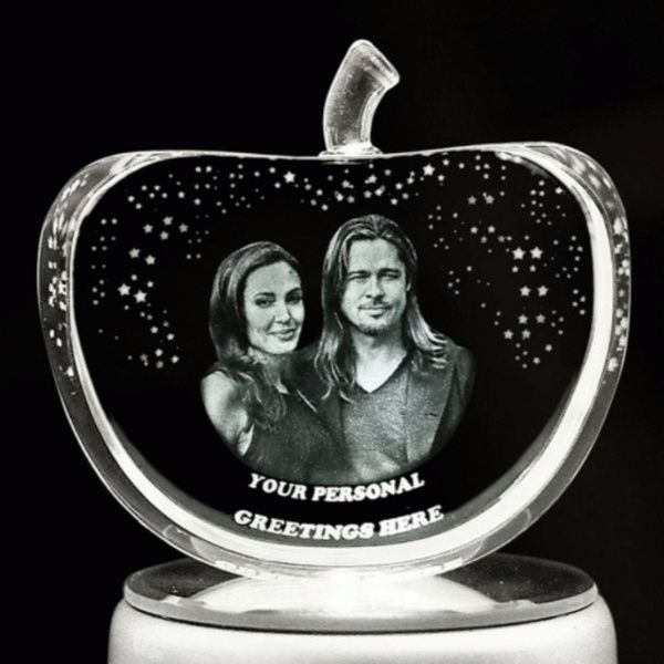 Privy Express Anniversary Special Customized Apple Crystal Laser Engraved 3D Crystal 5th Wedding Anniversary